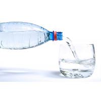 Чем полезна минеральная вода для человека и как она влияет на организм: вред и польза для здоровья