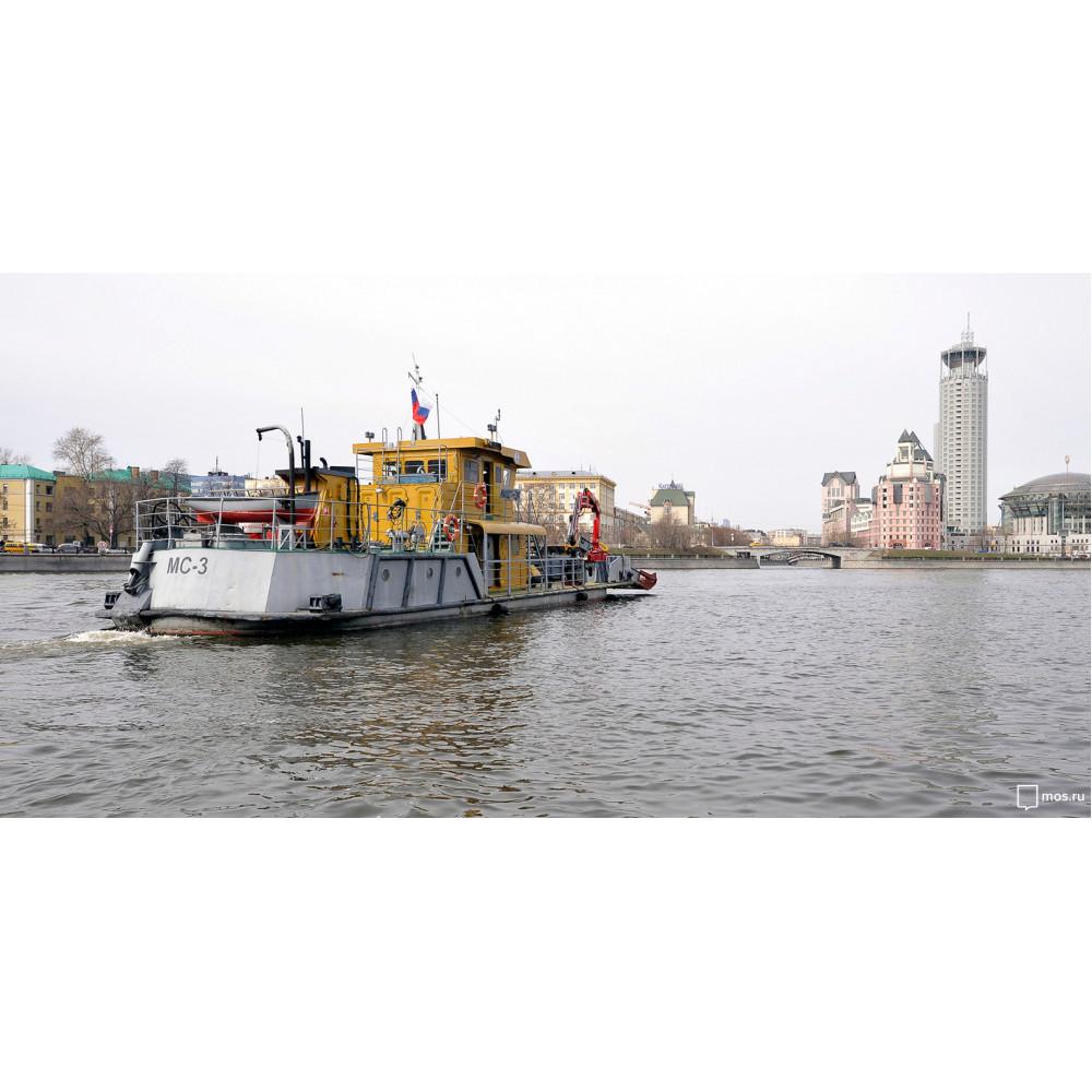 Одна вода: как убирают мусор в Москве-реке