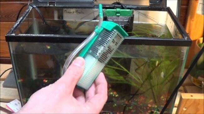 как закрепить фильтр в аквариуме