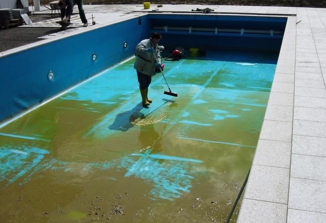 можно оставить бассейн на зиму
