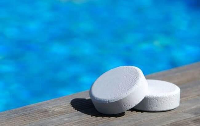 средство для мытья бассейна