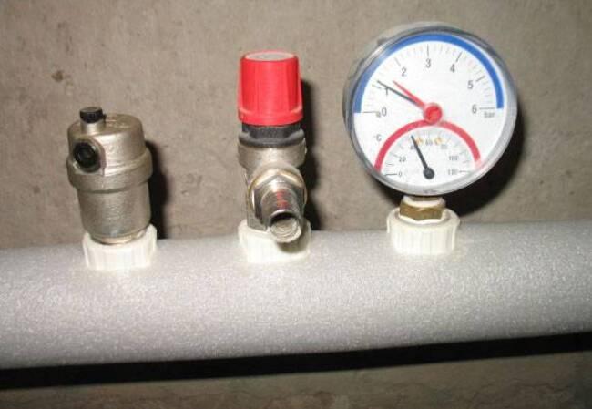 нормальное давление воды в доме