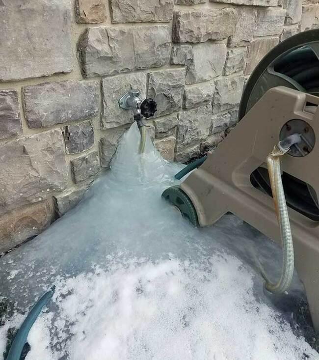 утепление скважины на зиму без кессона