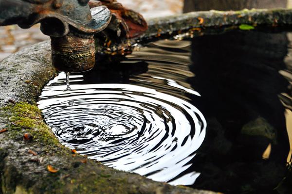 как искать воду для колодца