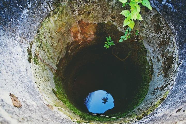 очистка воды из скважины в загородном